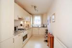 Well equipped breakfast kitchen with appliances