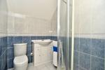 Double Bedroom 4 En Suite Shower Room