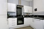 Open plan living room/kitchen