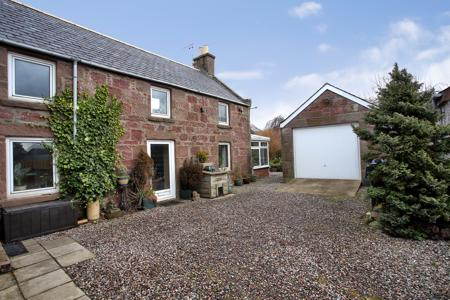 Roselea Cottage, Courtyard and Garage