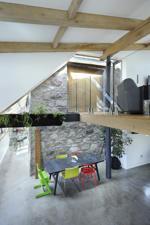 Sitting/ Dining Area