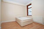 Bedroom (alternative angle)