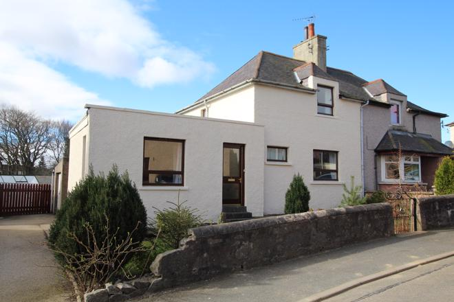 2 Wallace Crescent, Turriff