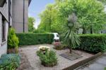 Exclusive Front Garden