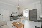 Lounge Kitchen