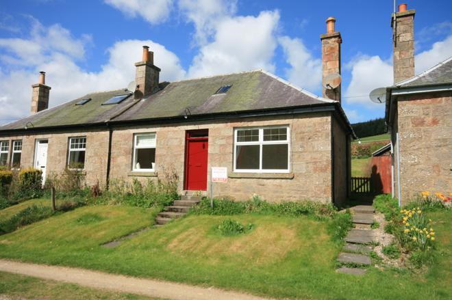 2 Mytice Cottages, Mytice, Gartly