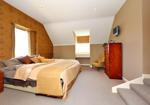 MASTER BEDROOM WITH EN-SUITE BATHROOM ASPECT 1