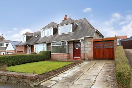 3 Craigton Avenue, Aberdeen