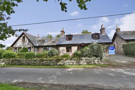 2 Harestone Cottages