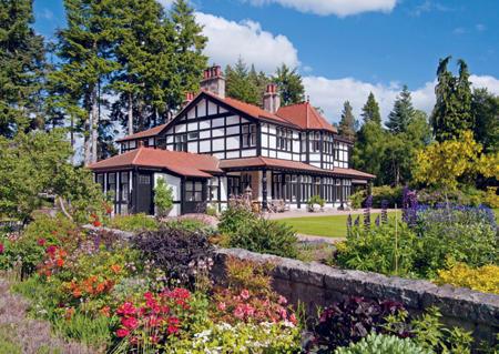 Ladywood Lodge, Rhu Na Haven Road, Aboyne