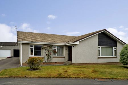 8 DUNVEGAN AVENUE, PORTLETHEN, AB12 4NE