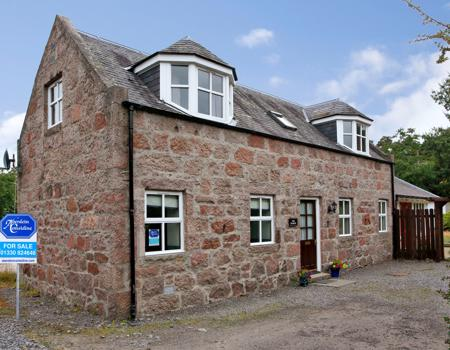The Stables, Huntly Place
